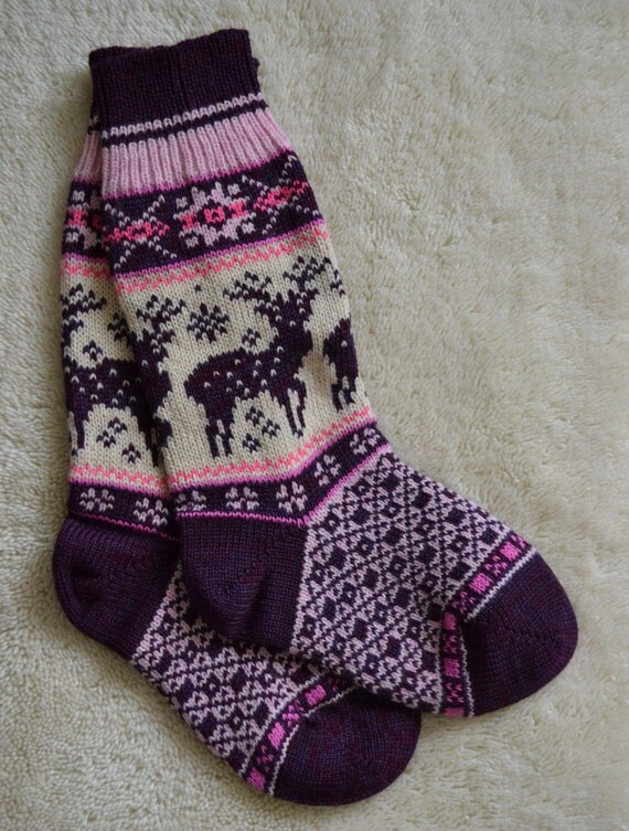 NORWEGIAN Scandinavian Hand Crafted 100% wool socks, M/L, folk art, Reindeer