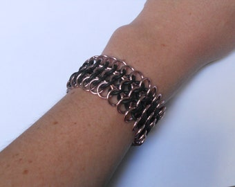 Pale Pink and Black Chainmail Bracelet