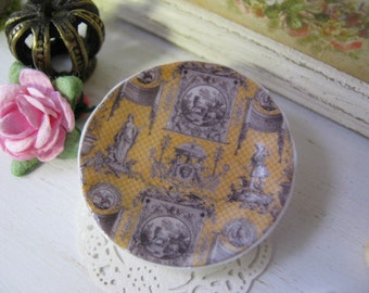 Neoclassical Plate for Dollhouse