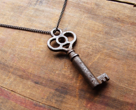 Vintage Skeleton Key Necklace. Charming Genuine Key on Silver Chain