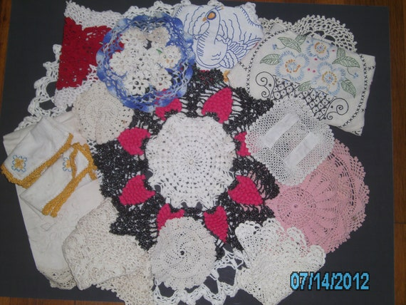 LOT of Over 60 Pieces of Vintage ROMANTIC Style LINENS Fabric - Doilies - Table Runners - Napkins - Curtain - Cottage Style