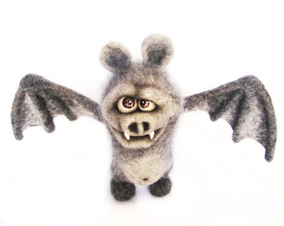 Needle Felted Halloween Toy. Grey Bat. Halloween Doll - Halloween Decoration. Gray