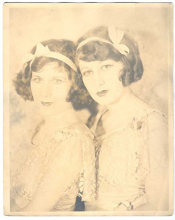 Beautiful FLAPPER GIRLS Portrait nice hair w Bow headbands Sepia high key lighting ANTIQUE Vintage Photo