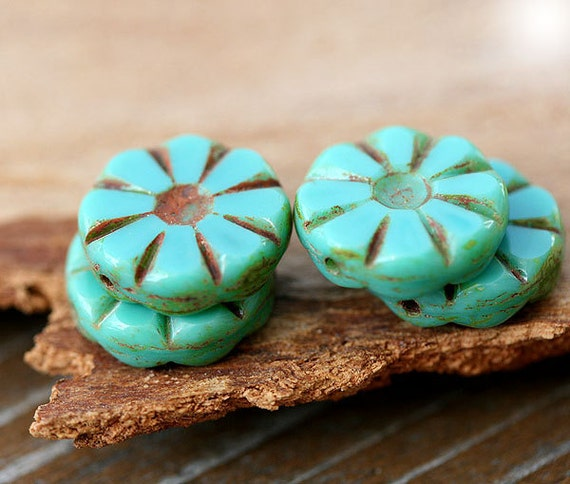 Turquoise green Picasso Czech glass beads, rustic, flat, round - 13mm - 8Pc - 0389