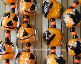 Halloween Jack O Lantern or Ghost Glow In Dark Pumpkin Lampwork Glass Beads(Pack of 12 beads)L01012