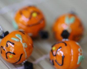 Halloween Jack O Lantern Pumpkin Lampwork Glass Bead/Pendant/Charm(Pack of 6 beads) L01022