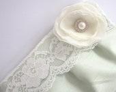 Wedding / Bridal / Bridesmaid Clutch - Simply Lace Clutch Purse - Stardust Brooch Bridesmaid Purse