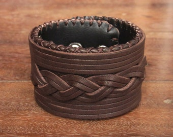 Classic plait Leather Cuff Bracelet // rustic // braid // interlace // intertwine