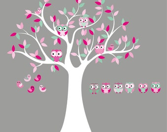 Nursery wall decal- Vinyl tree decal- Owl tree- 6 Free olws