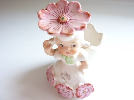 Sweet Little 1950's Vintage Girl Planter with Pink Daisies - Made in Japan by Napco