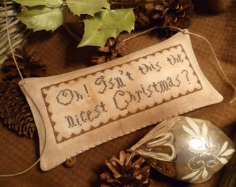 PRIMITIVE CHRISTMAS -E-Pattern- Pdf- Prim' Pillow- Oh isn't it the nicest Christmas- Laura Ingalls - The Blue Attic-
