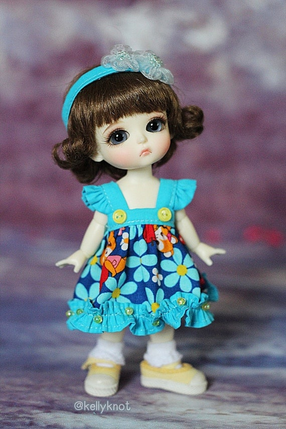 Floral, 50  on Cotton Dresses for your doll suitable for Lati yellow / pukifee/ Odecco / Middie blythe