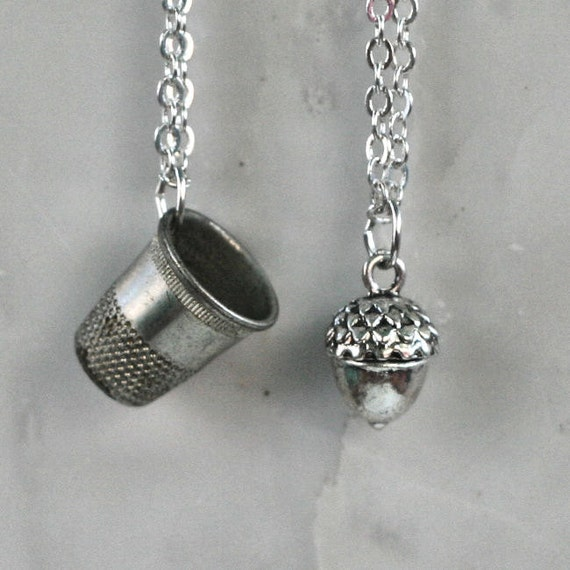 Peter Pan & Wendy Kiss Thimble and Acorn Necklace Set - Men - Women - Sweetheart - Lover - Sister - Best Friend (2 Necklaces)