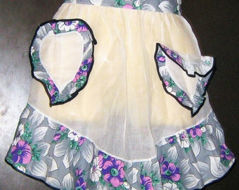 Vintage 1950s Apron/  Rockabilly/ Housewife/Purple/ Grey/