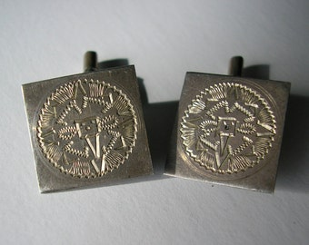 Vintage Sterling Silver Cut and Design Cuff Link Set, A Pair of Cufflinks