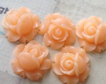 15 mm Peach Shrub Rose Resin Flower Cabochons (.ag)