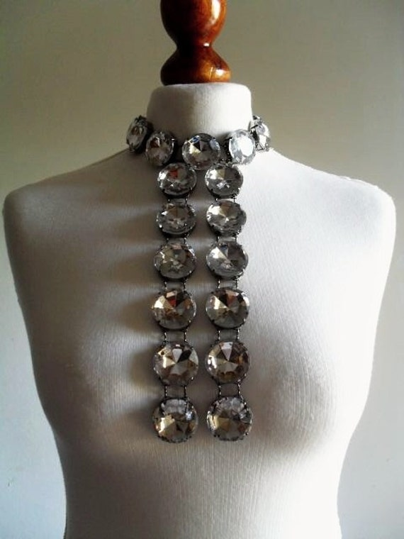 The Fascinating . Giant Huge Rhinestone Necklace Bib . Gunmetal Metal . 1980s NOS