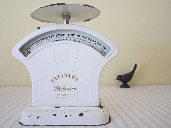 ANTIQUE 1930s PERSINWARE kitchen scales - Australian made
