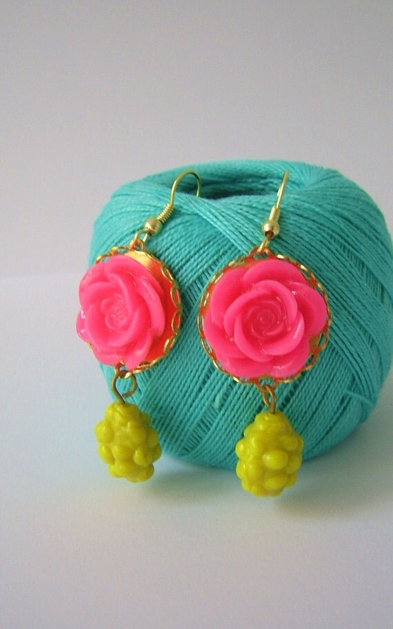 COUPONCODE 25% OFF-Bright coloured spring party resin rose earrings