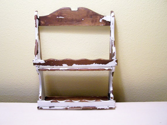 Vintage Shabby Chic Spice Rack Craft Display Storage Chippy White Painted