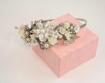 Bridal hair Piece Silver Flowers leafs Pearls crystals vintage headband Tiara leafs flowers Wedding flowers Head piece pearls rhinestones