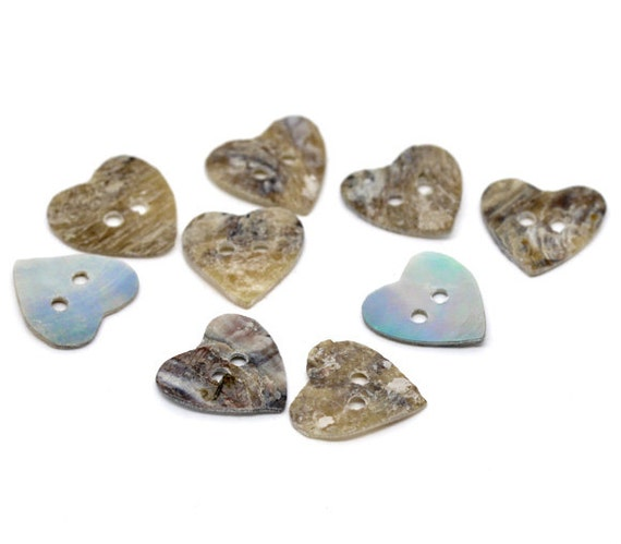 25pcs  Mother of Pearl Heart Sewing Buttons/Scrapbooking 15x15mm- Ships Immediately from California - A66