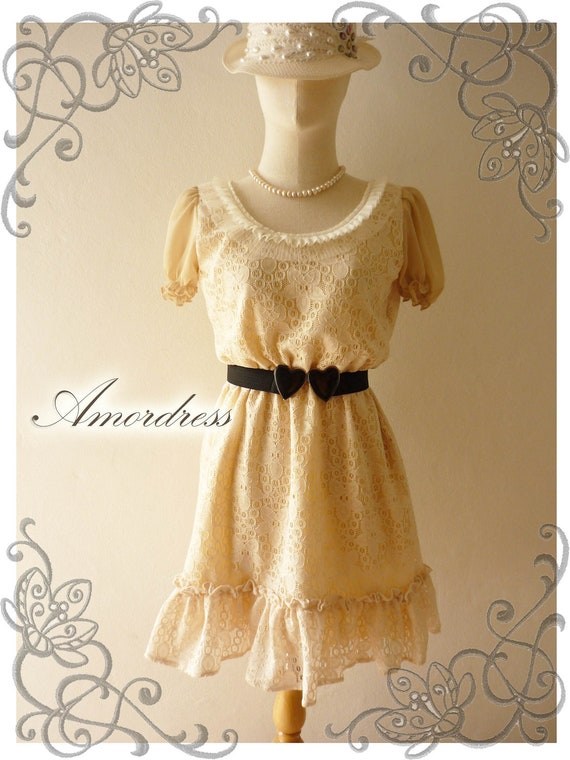 FREE SHIPPING -Amor Vintage Inspired Duchess Cream Beige Tulle Whimsical  Dolly Sleeve Lace Dress -Size S-M-