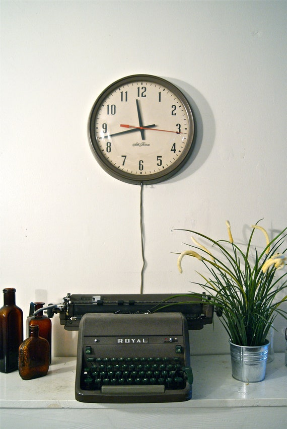 Vintage Industrial Seth Thomas Wall Clock