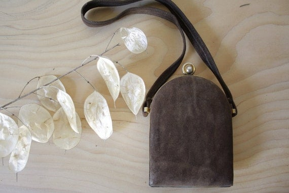 Vintage Italian Vanity purse // Soft brown leather // Compact mirror