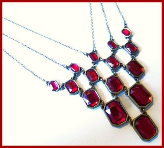 Vintage Bib Necklace w Red  Rhinestone & Antiqued Metal Draped Festoon Style EX