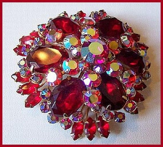 """Vintage WARNER Brooch Pin Tiered AB Red Rhinestones Huge Gold Metal 2.5"""" Designer VG"""