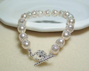 Creamrose Pearl Bracelet. Creamrose Bride's Bracelet. Creamrose and Silver Bracelet. Bridal Bracelet. Wedding Jewelry.
