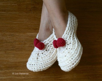 Crochet slippers pattern, home shoes women Christmas crochet pattern, home slippers pattern (114) INSTANT DOWNLOAD