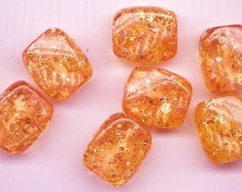 Seven unbelievably beautiful vintage lucite beads - amber colored with huge sparkle - 23 x 20 mm