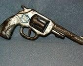 Vintage Wyandotte Tin Toy Police Clicker Gun
