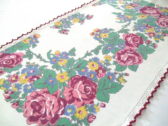 Table Runner Dresser Scarf Roses Vintage