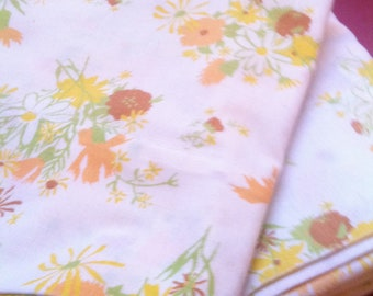 Flowered 70s Pillow Cases