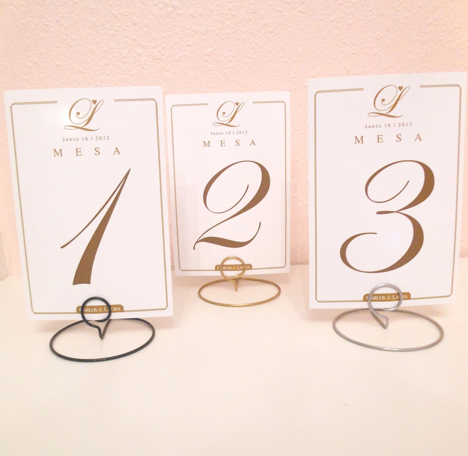 Set of 10 wedding round shaped table number holders for Table numbers