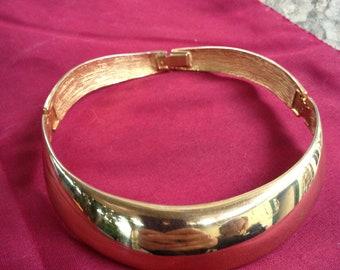 Wonderful Vintage Alexis Kirk Collar Necklace Gold Signed