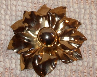 Large Brass Flower Brooch - Goldtone Flower Pin Vintage Jewelry