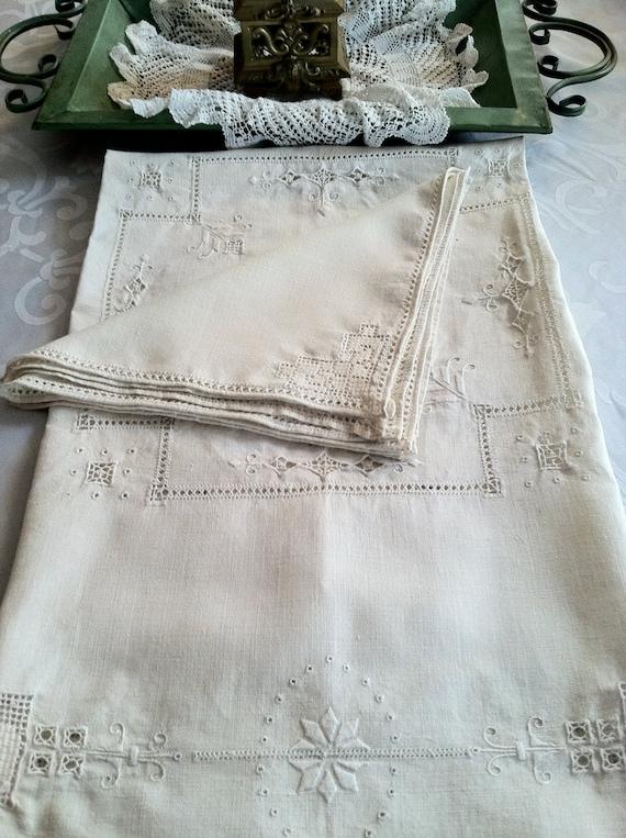 Fine Antique Italian Linen Reticella Supper Cloth and Napkin