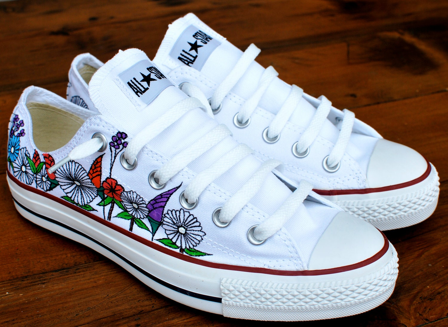 Custom hand painted flowers on low top Converse by ...