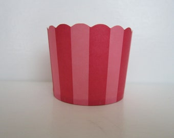 24 Red and Pink Stripe Scalloped Portion Nut Favor Baking Cup