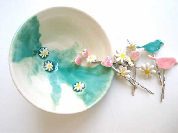 Ceramic Bowl ring holder trinket dish emerald daisy bowl green turquoise crackle glaze, Sprin