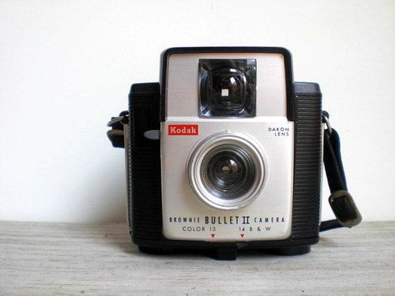 Vintage / Electronics / Camera / Brownie Bullet II / Eastman Kodak / 1960s / mid century / man cave / industrial home decor / collectible