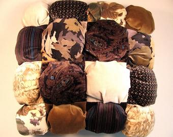Handmade biscuit tufted pillow in velveteen 14