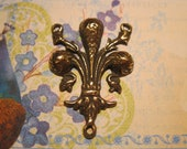 Fleur de Lis Rosary Center Link French Religious