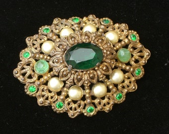 Brooch - Green Stones - Pearls - Filigree - Victorian Style - Vintage
