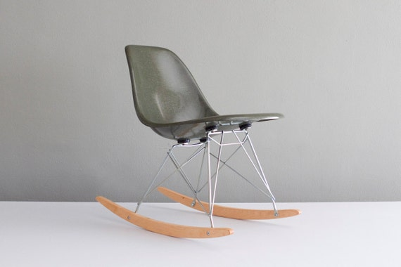 Eames RSR Rocking Chair in Forest Green