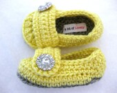 Newborn, Baby Girl Shoes, Booties, Grey, Yellow, Newborn Photos, Photo Prop, Slippers, Crib Shoes